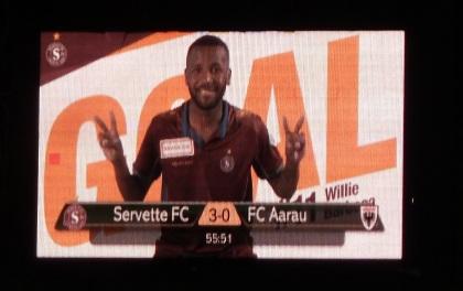 P1410033_45_res_Panneau du score 3-0_Willie buteur contre Aarau